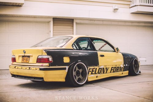felony-form-e36-wide-body-rivet-on-fenders.jpg